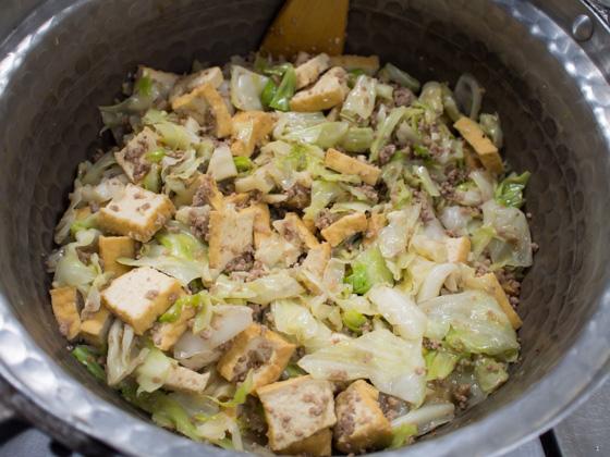 キャベツと厚揚げの味噌炒め